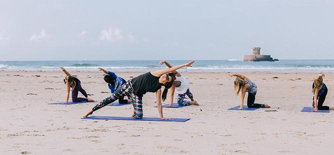 Vanessa Garrett Beach Yoga, Jersey