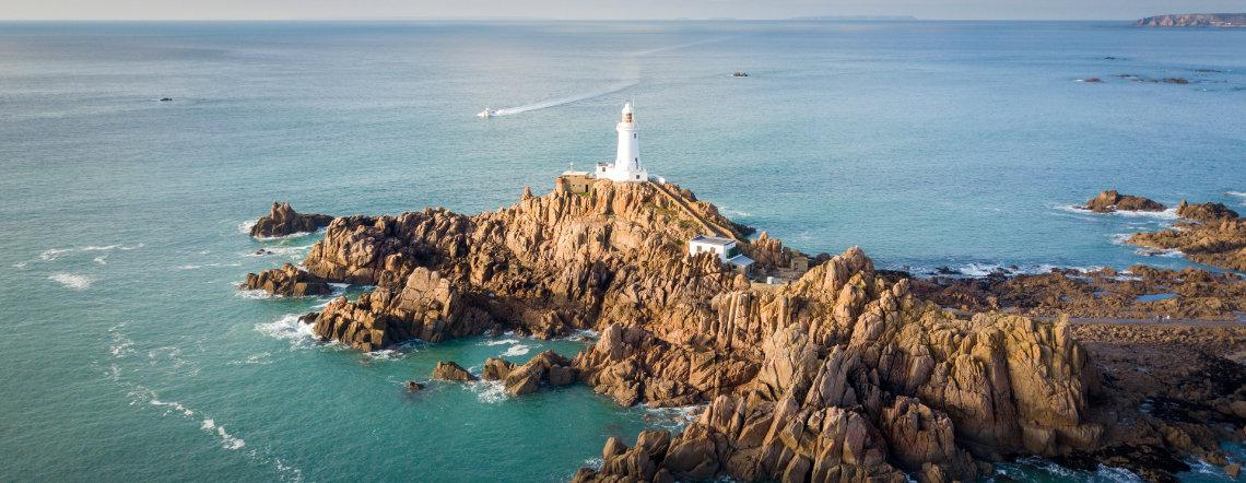 Corbiere lighthouse 02
